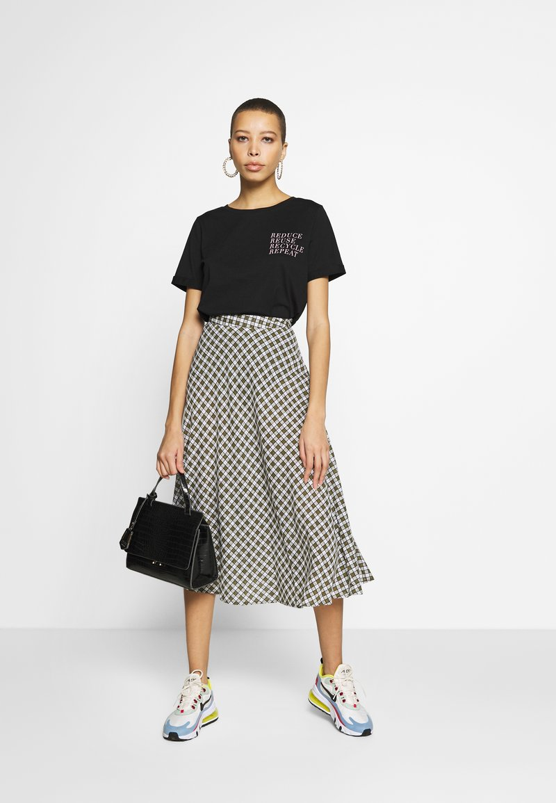 Zign REDUCE PRINTED TEE - T-shirts med print - black