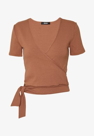 TIE FRONT WRAP - T-shirts med print - camel