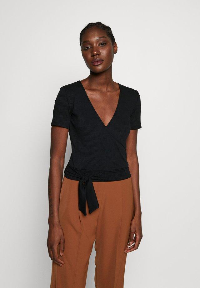 TIE FRONT WRAP - T-shirt med print - black