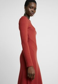Zign - BASIC - Jersey dress - red - 4