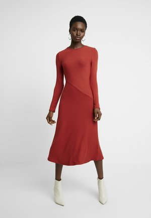 BASIC - Strickkleid - red