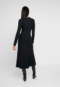 Zign - BASIC - Robe pull - black