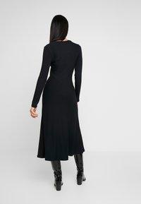 Zign - BASIC - Abito in maglia - black - 2