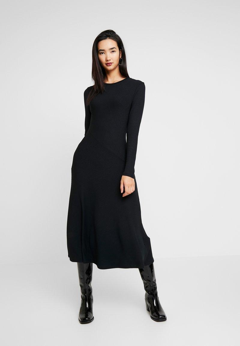 Zign - BASIC - Abito in maglia - black