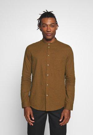 Košile - cognac