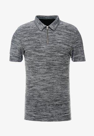 Polotričko - mottled grey