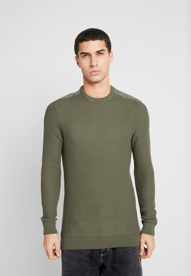 MUSCLE FIT MILITARY - Jumper - green