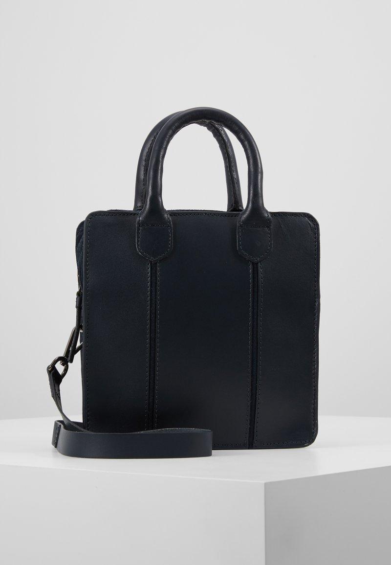 Zign - LEATHER - Håndtasker - blue