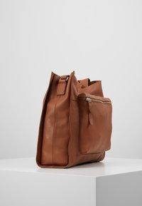 Zign - LEATHER - Shoppingveske - cognac - 3