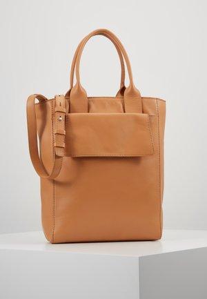 LEATHER - Käsilaukku - natural