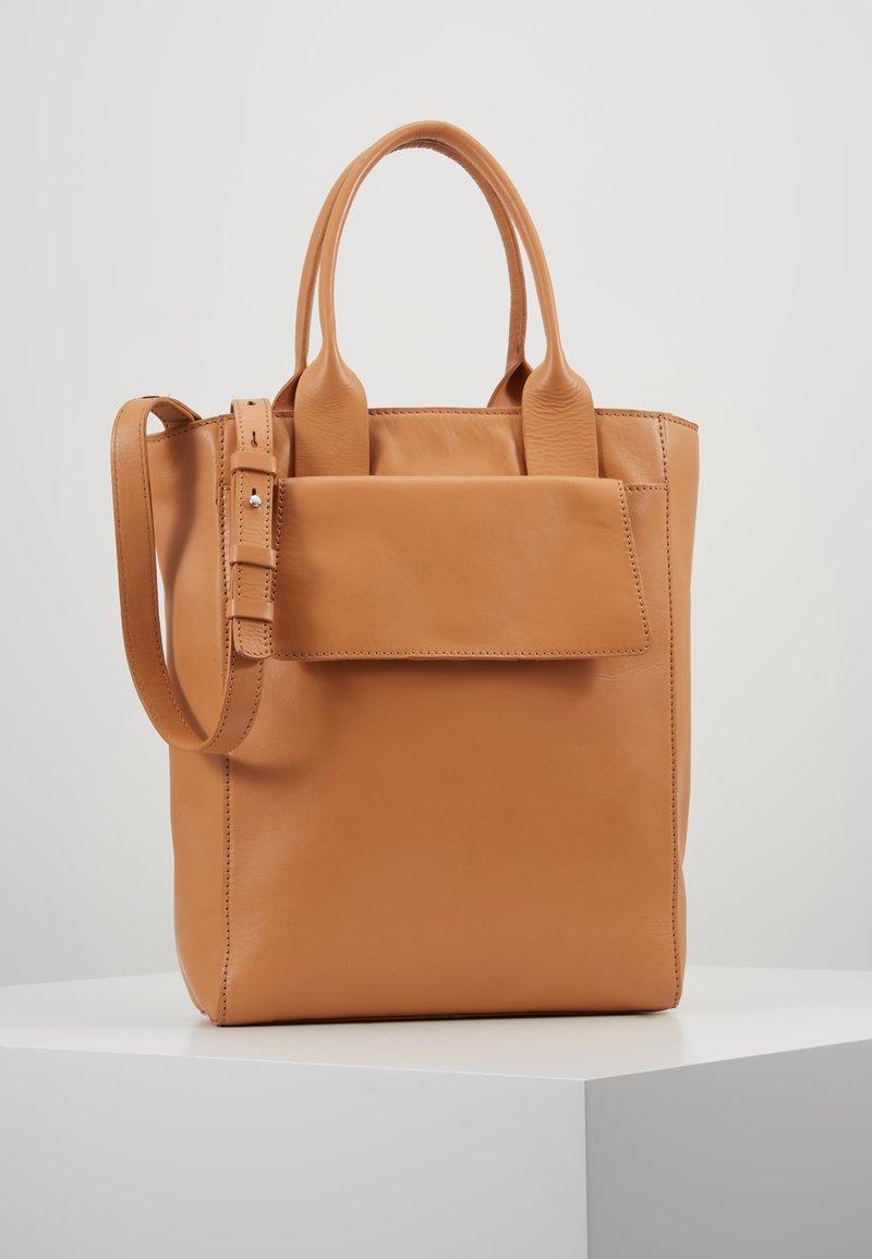 Zign - LEATHER - Handtasche - natural