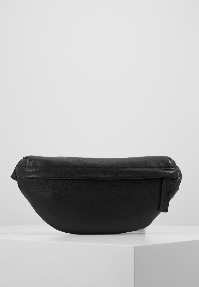 Zign - LEATHER - Bältesväska - black