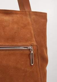 Zign - LEATHER - Shopping bag - cognac - 5