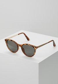 Zign - Sunglasses - brown - 0