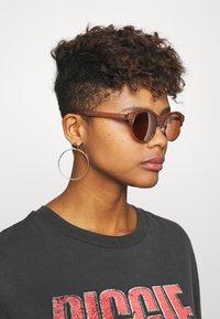 Zign - Sonnenbrille - rose - 1