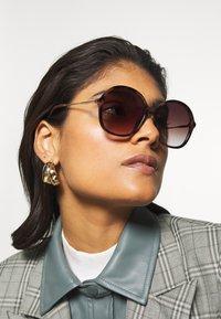 Zign - Sonnenbrille - brown - 1