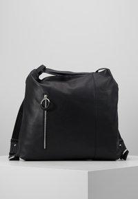 Zign - LEATHER SHOULDER BAG / BACKPACK - Batoh - black - 0