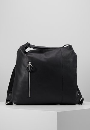 LEATHER SHOULDER BAG / BACKPACK - Ryggsekk - black