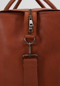 Zign - UNISEX LEATHER - Weekendbag - dark brown - 7