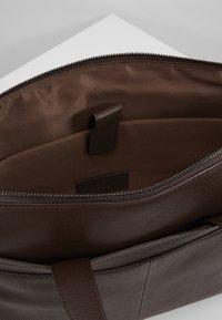 Zign - LEATHER - Briefcase - dark brown - 4