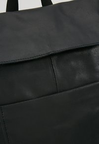 Zign - LEATHER - Rucksack - black - 6