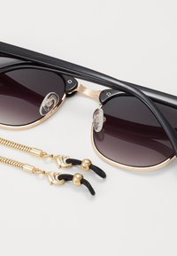 Zign - Set mit Brillenkette - Sunglasses - black/gold-coloured - 2
