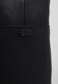 Zign - UNISEX LEATHER - Ryggsekk - black - 8