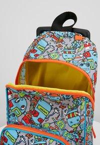 Zip and Zoe - MINI WHEELIE - Wheeled suitcase - robot blue - 5