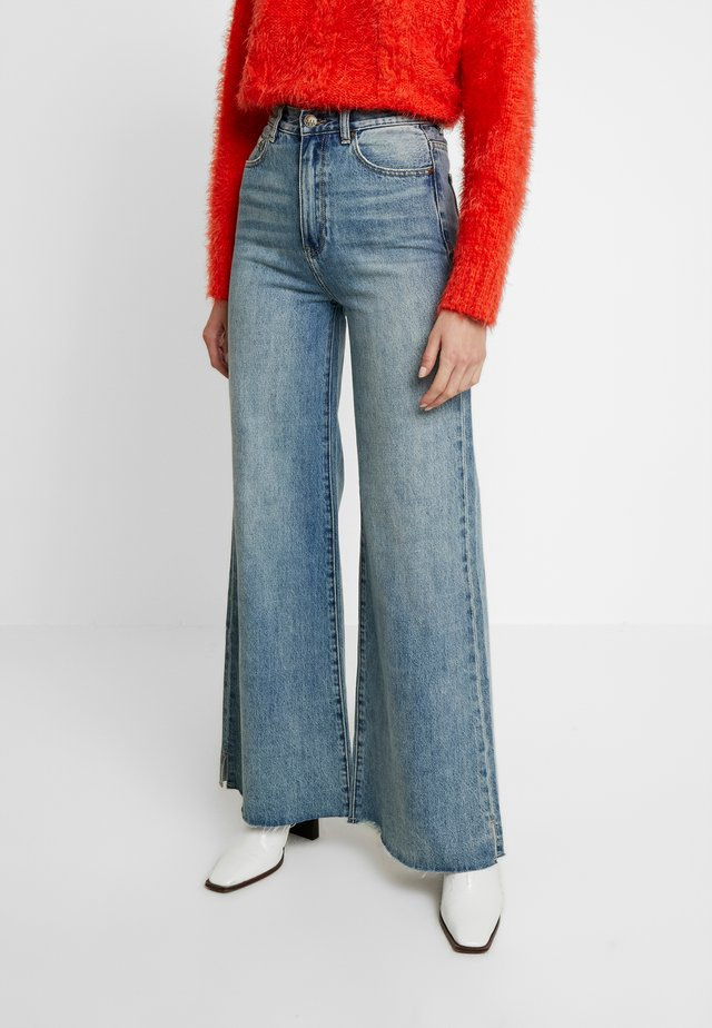 SWEEP - Flared jeans - clear waters kilter
