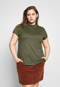 Zign Curvy - SLIM FIT TEE WITH TURTLE-NECK - Jednoduché triko - olive night - 0