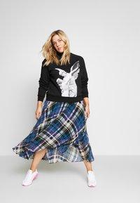 Zign Curvy - Sweatshirt - black - 1