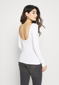 Zign Petite - T-shirt à manches longues - cloud dancer - 2