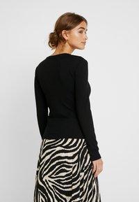 Zign Petite - Stickad tröja - black - 2