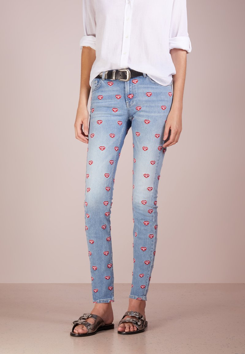 Zoe Karssen - YOU DO ALL OVER PATTI - Jeans Skinny Fit - mid wash blue