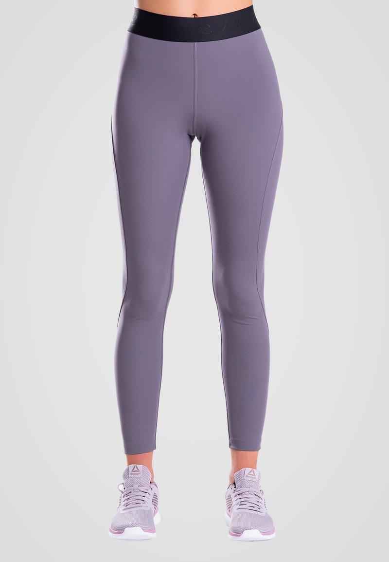 Zoe Leggings - ESSENTIALS - Leggings - purple