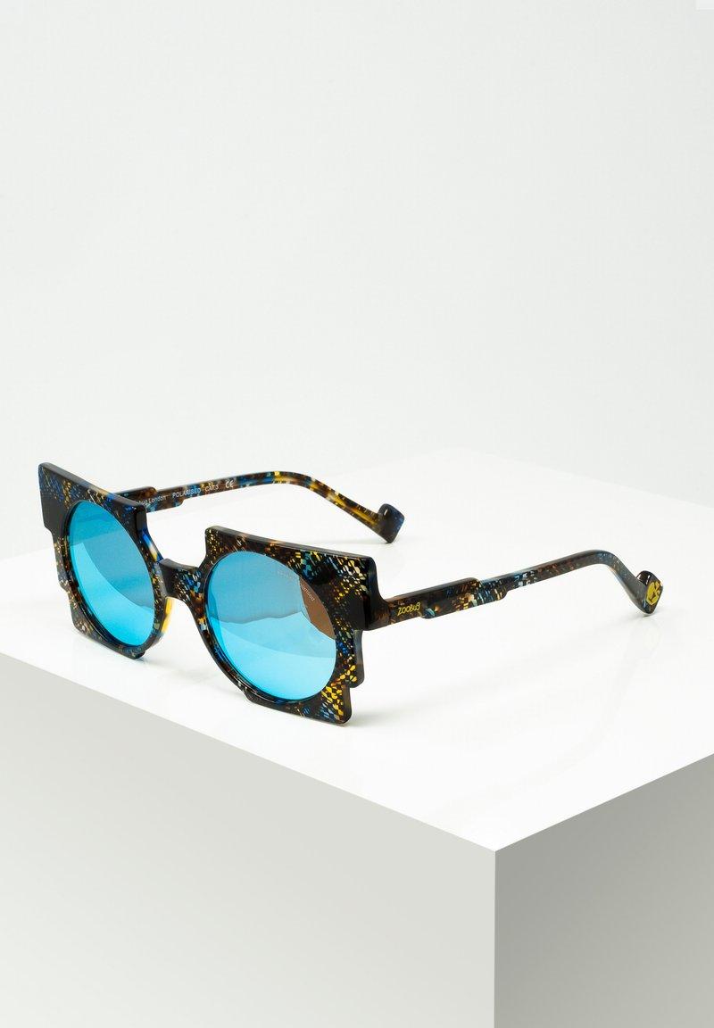 Zoobug - SONNENBRILLE PIXEL FÜR KINDER - Sunglasses - blu/brwn