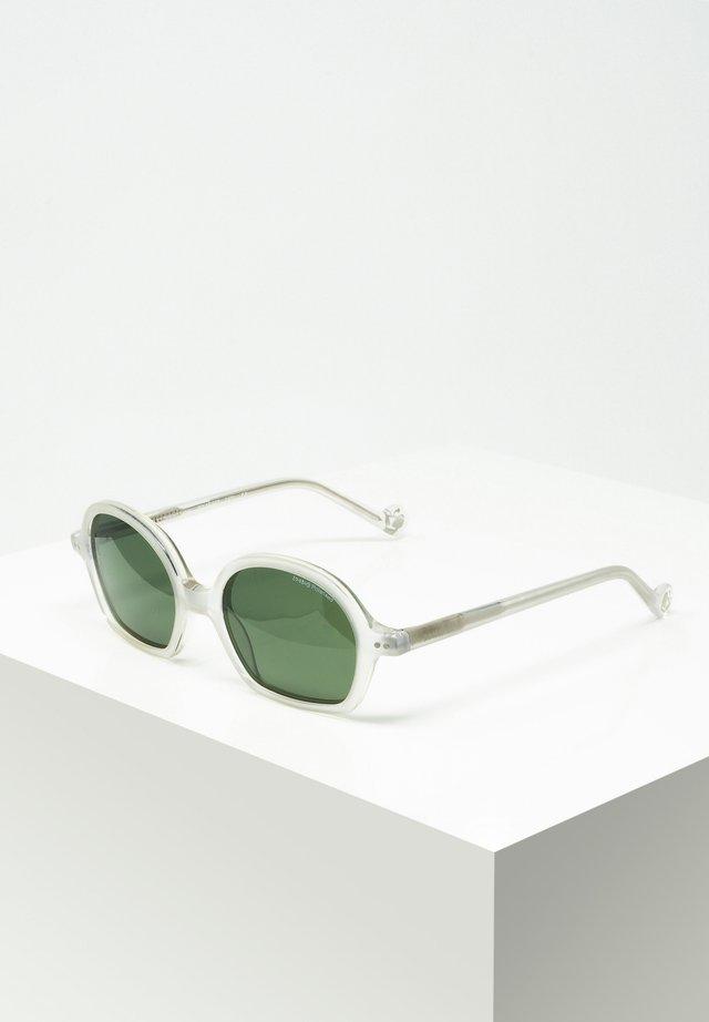 TONI - Sunglasses - off-white
