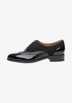 NO. 1106 - Stringate eleganti - black