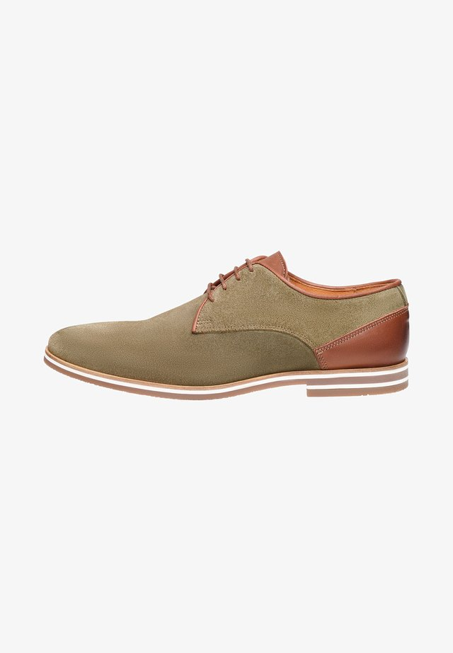 NO. 5301 - Derbies - khaki