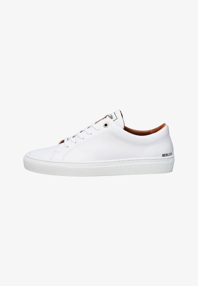 NO. 114 MS - Trainers - white