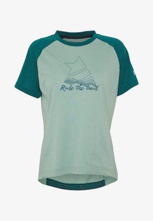 PURE FLOWZ  - T-shirt z nadrukiem - granite green/pacific green/blush
