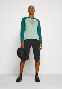 Zimtstern - PUREFLOWZ  - Funktionsshirt - granite green/pacific green/blush - 1