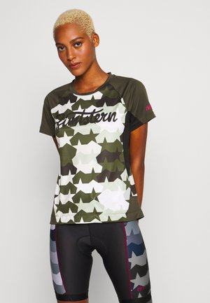 TECHZONEZ - T-shirts print - fog green/forest night/jester red