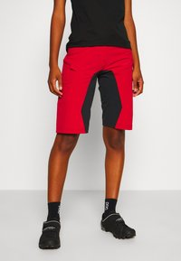 Zimtstern - TAILA EVO SHORT ´ - kurze Sporthose - jester red/pirate black - 0