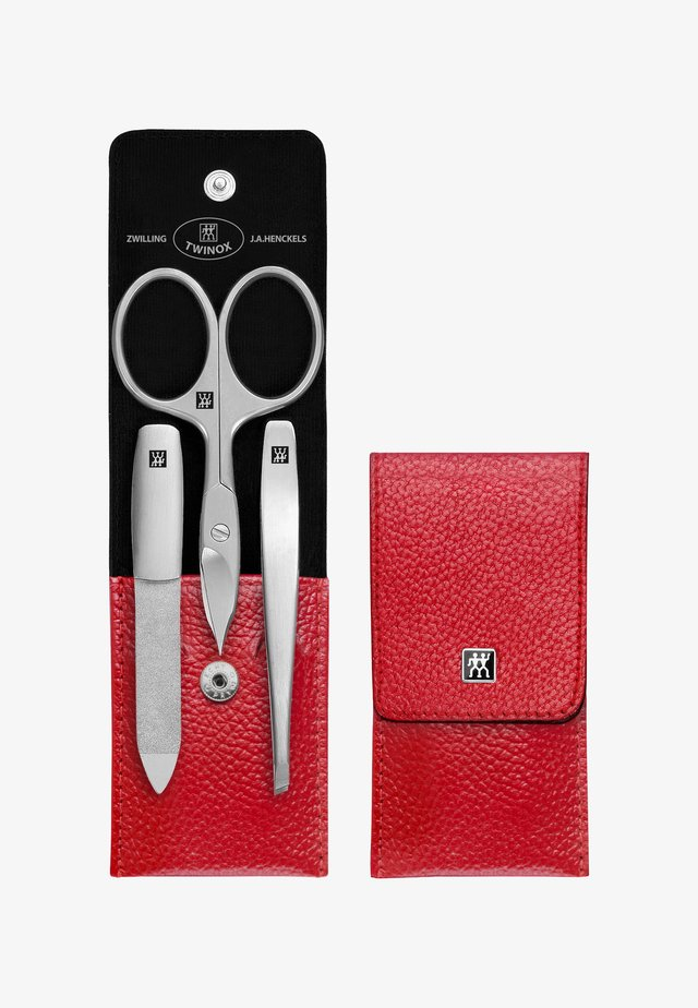 TWINOX CASE MADE OF LEATHER WITH PUSHBUTTON, 3 PARTS - Nagelpflege-Zubehör - rot
