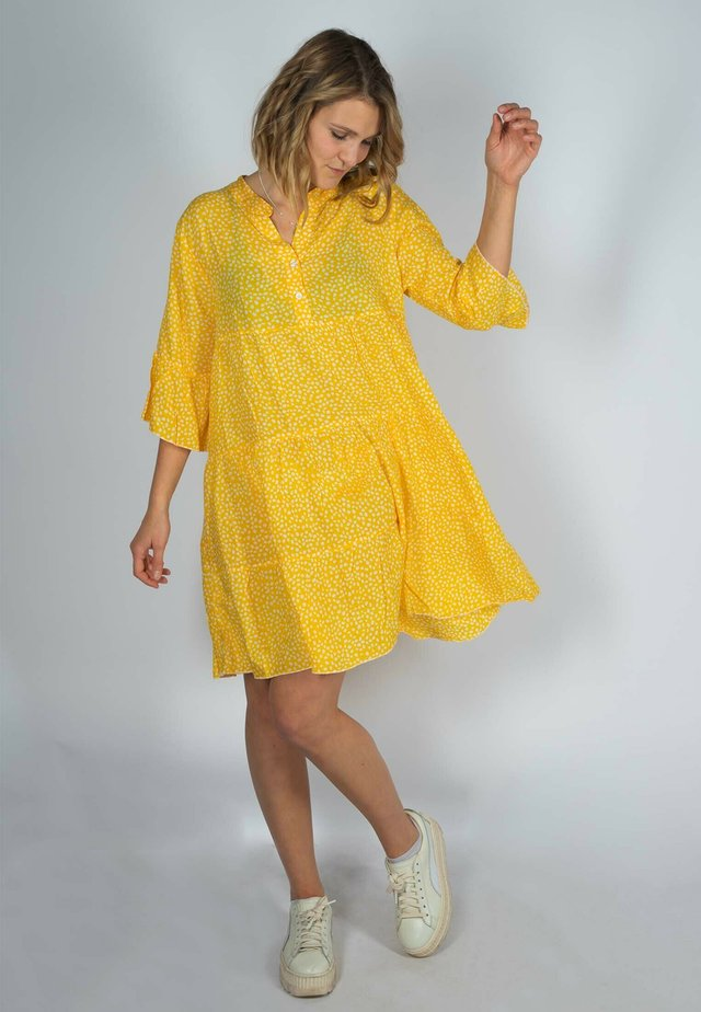 EVA - Shirt dress - gelb