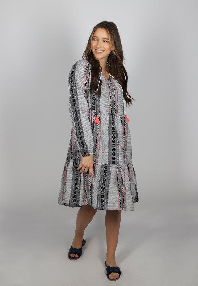 MARIEKE - Day dress - grau/pink