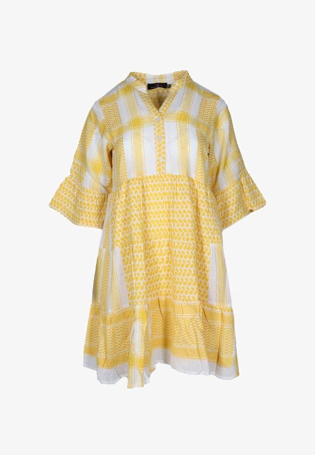 JOLEEN - Shirt dress - gelb
