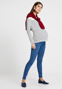 Zalando Essentials Maternity - Jeans Skinny Fit - blue denim - 1
