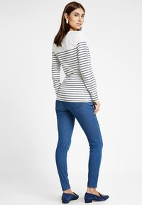 Zalando Essentials Maternity - Jeans Skinny Fit - blue denim - 2